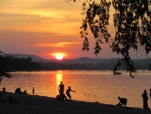 Lakeside_Volunteer page